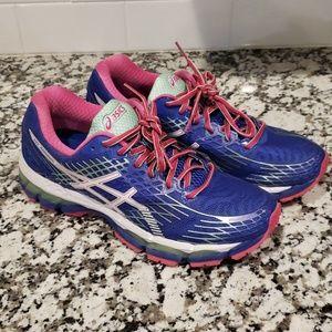 LIKE NEW - Asics gel nimbus womens running shoes
